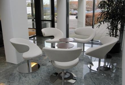 1_seating2